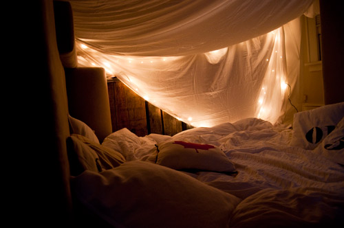 grown-up-blanket-fort